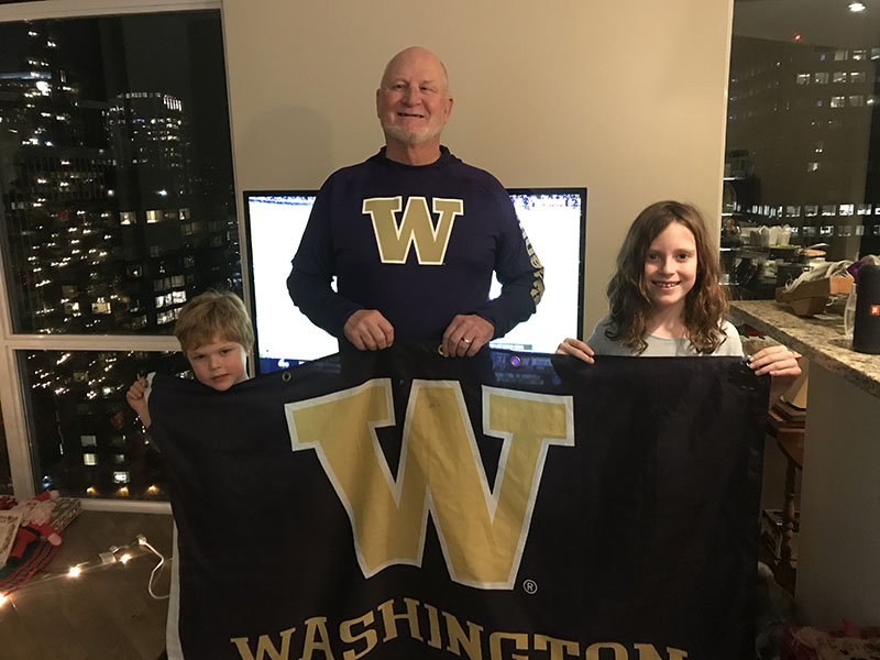 Boyd, Owen and Violet cheer the Huskies on to Victory in the Los Vegas Bowl